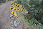 Laughton Gully Road caution signs small
