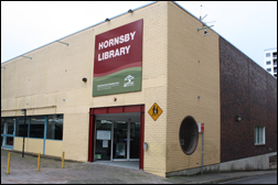 Photograph of the entry to Hornsby Library