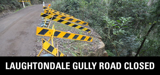 Laughtondale Gully Road caution signs