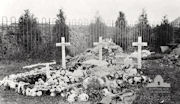 Photograph of the original grave of Ernest Jefferys